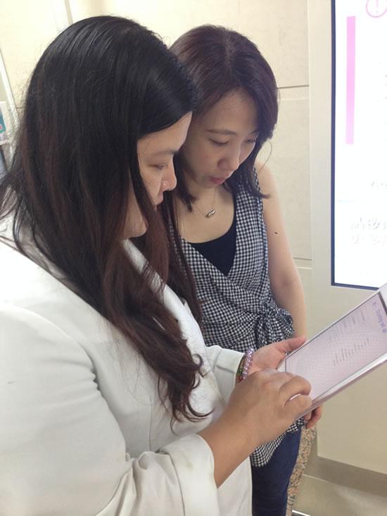 以 iPad 與病人完成即時問卷